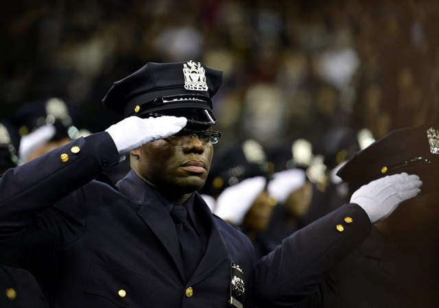 纽约1天近3000名警察请病假1.jpg